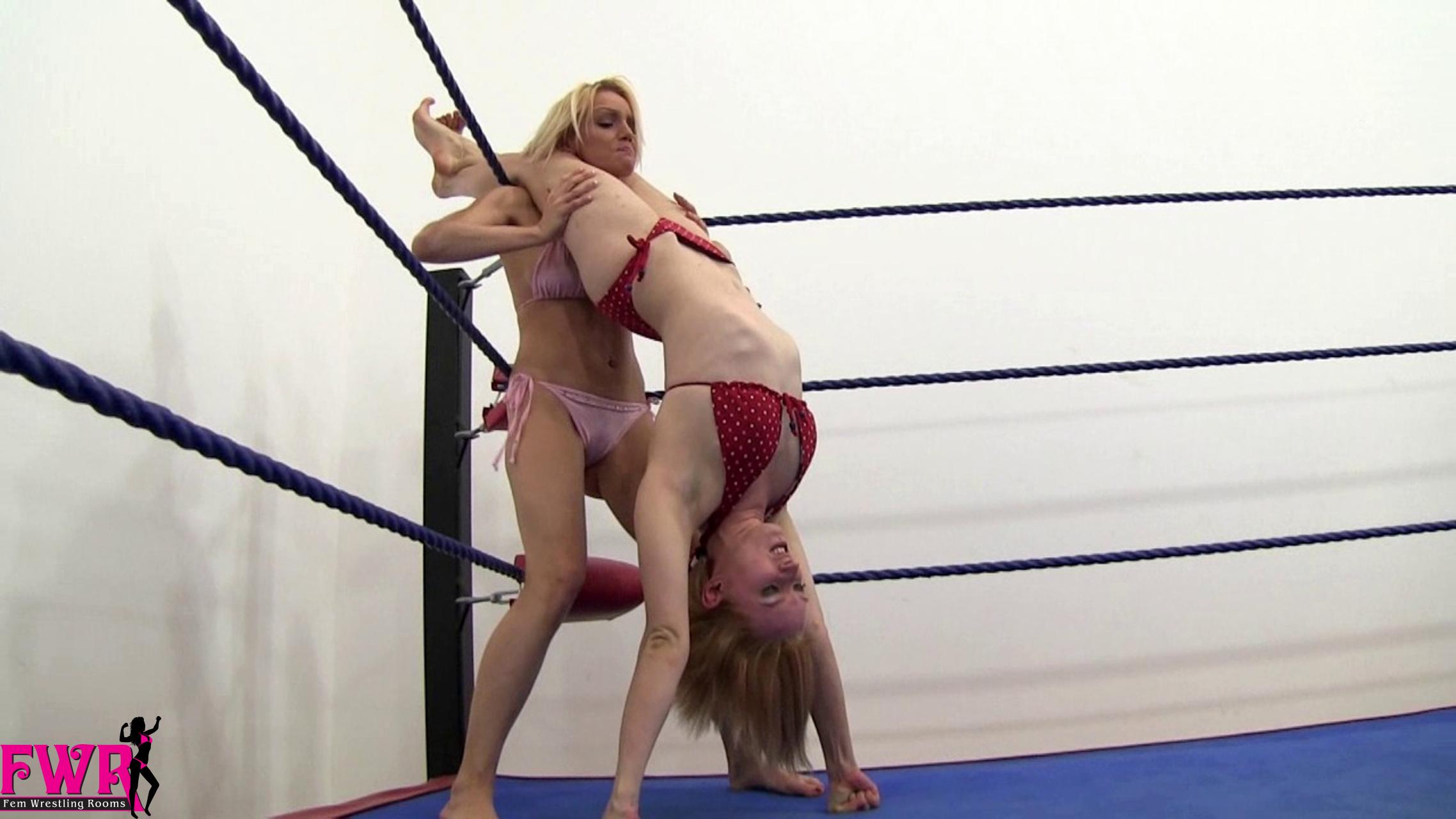bikini scissor submissions fem wrestling rooms