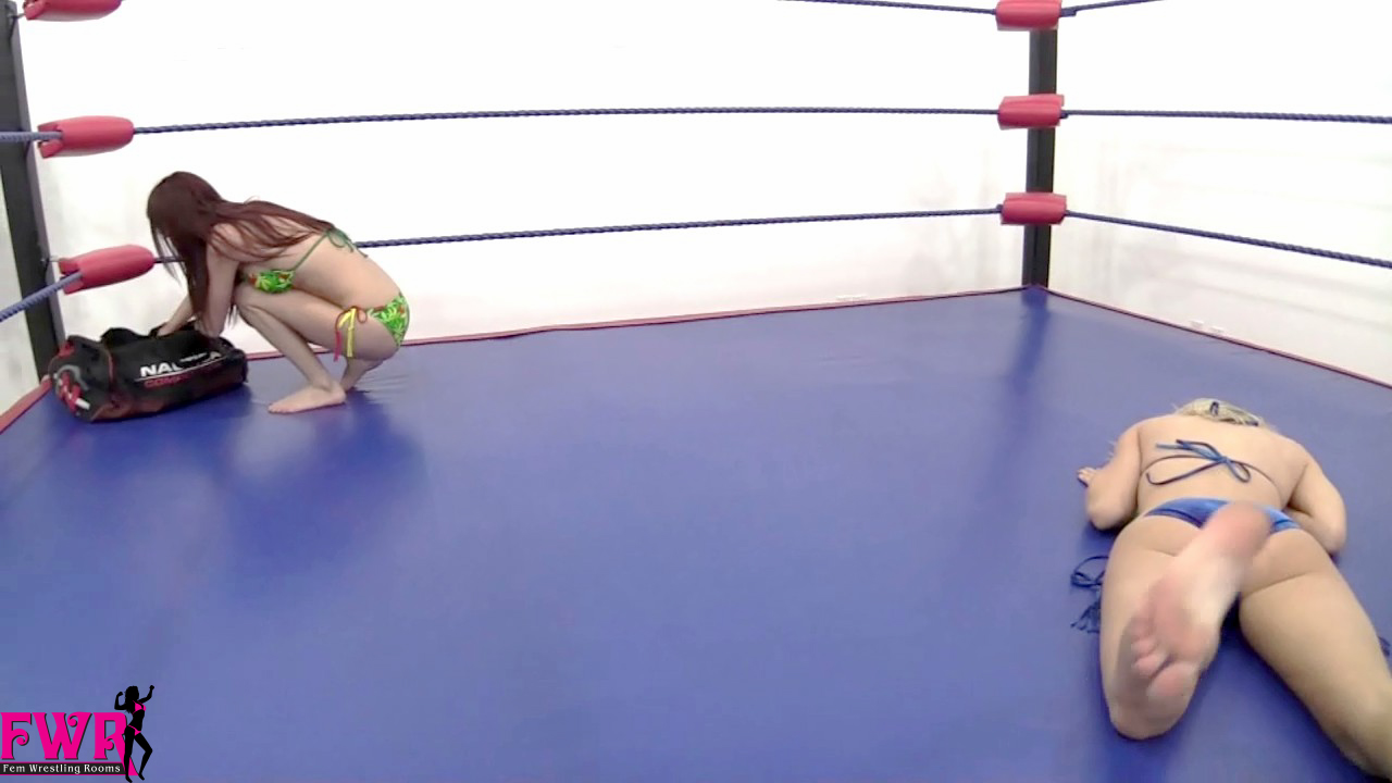 Knockout Boxers - Fem Wrestling Rooms