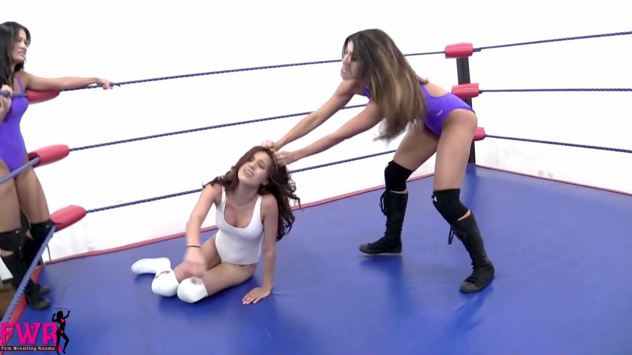 fem wrestling