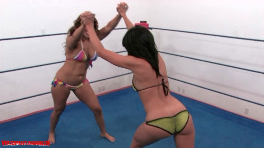 10 Pins to Win: Antoinette vs LeAnn Part Three - 01